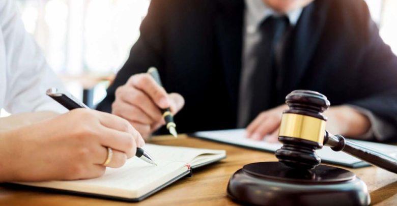 Απίθανο περιστατικό με Λαρισαίο δικηγόρο: Εμφανίστηκαν ως πελάτες και του ζήτησαν να… πληρώσει χρωστούμενα!