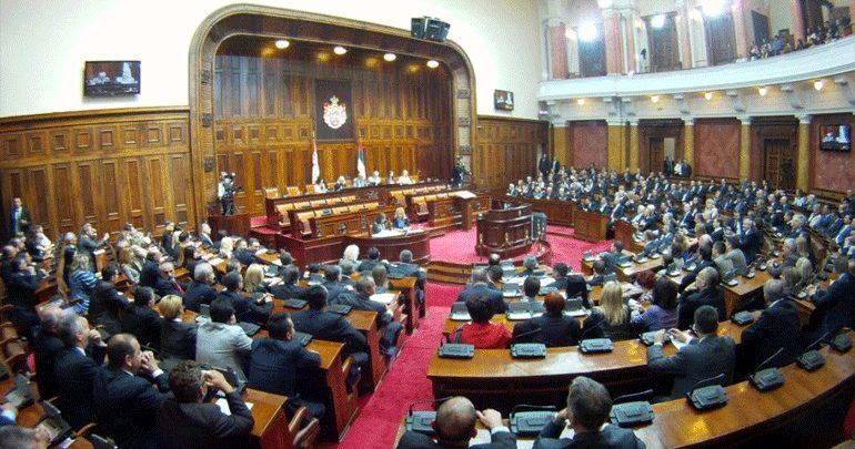 Σερβία: Η αντιπολίτευση ζητά πρόωρες εκλογές