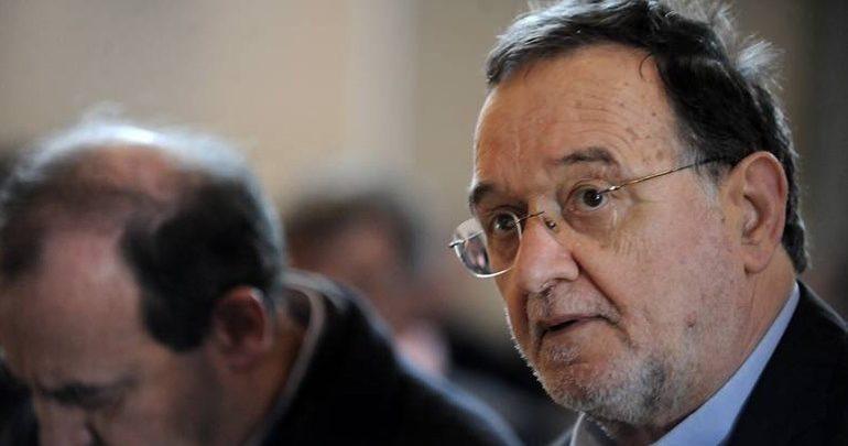 Λαφαζάνης: Η κυβέρνηση οδεύει και σε τέταρτη τραπεζική ανακεφαλαιοποίηση σκάνδαλο