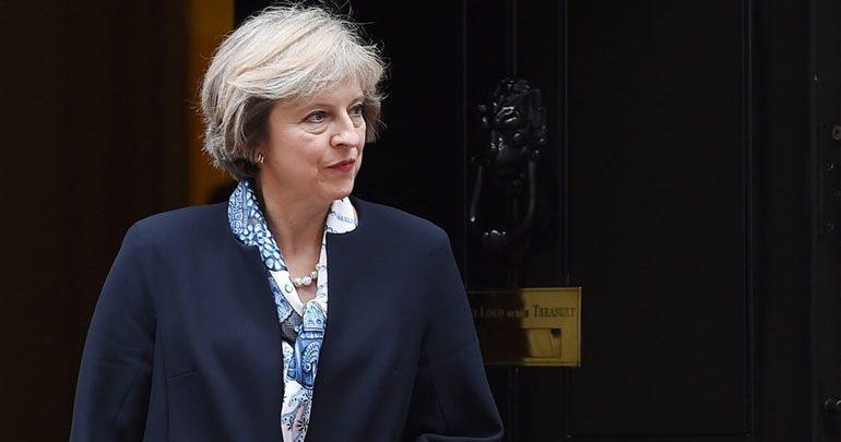 Μέι για Brexit: Σε κρίσιμη φάση οι συνομιλίες - Συγκρατείστε τα νεύρα σας