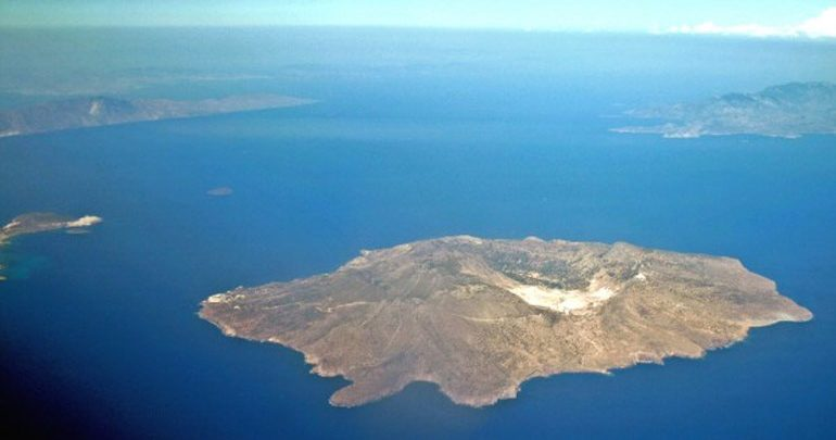 Δίωξη σε βάρος των εταιρειών που τροφοδοτούν με νερό τα άνυδρα νησιά του Αιγαίου