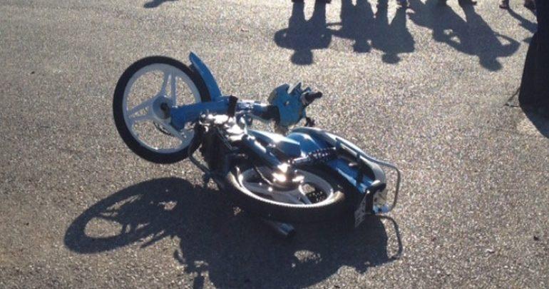 Βόλος: Σοβαρός τραυματισμός δικυκλιστή σε τροχαίο