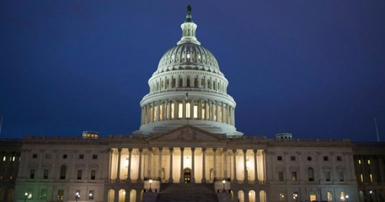 Νομοσχέδιο για να ανατρέψουν την κήρυξη κατάστασης έκτακτης ανάγκης κατέθεσαν οι Δημοκρατικοί στις ΗΠΑ