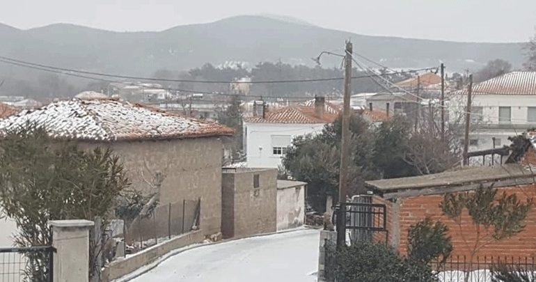 Προβλήματα από την κακοκαιρία στον Έβρο - Στα «λευκά» η Σαμοθράκη