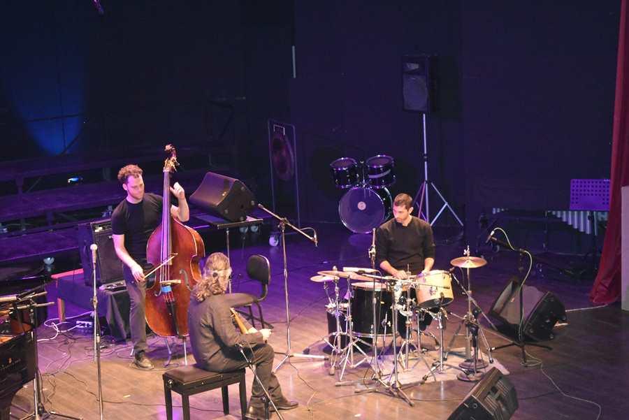 Το «Σωκράτης Σινόπουλος Quartet» απόλαυσαν οι Λαρισαίοι στο Δημοτικό Ωδείο (φωτο - βίντεο)