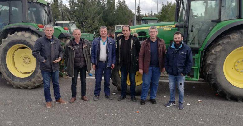 Στο πλευρό των αγροτών οι τεχνικοί του ΟΤΕ στη Λάρισα