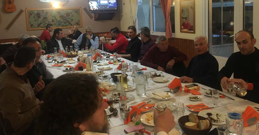 Έκοψαν πίτα οι παλαίμαχοι του Δήμου Τεμπών