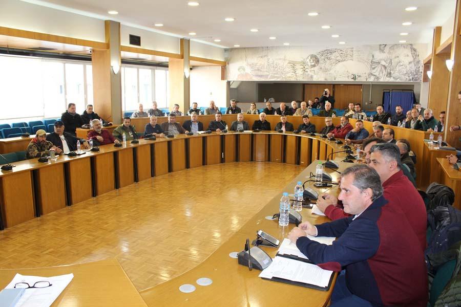 Σύσκεψη με τους ΤΟΕΒ και ΓΟΕΒ της Θεσσαλίας συγκάλεσε ο Αγοραστός για το υπέρογκο περιβαλλοντικό τέλος άρδευσης που επιβάλει η Αποκεντρωμένη Διοίκηση