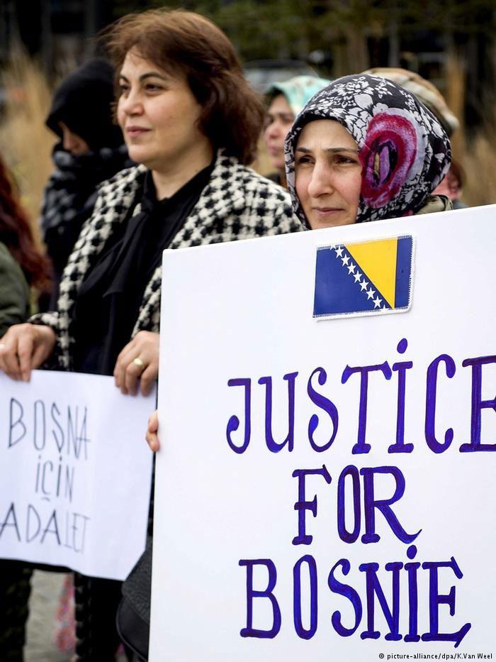 Η οριστική ποινή για τον Κάρατζιτς