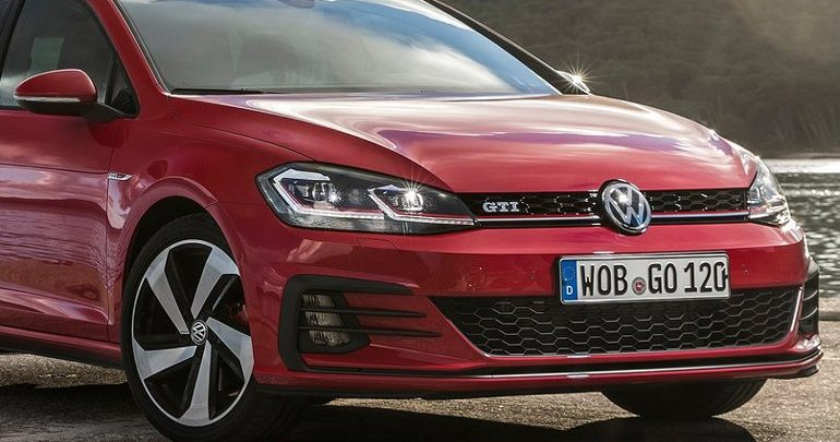 Το 2020 θα είναι έτοιμα τα νέα Golf GTI και R