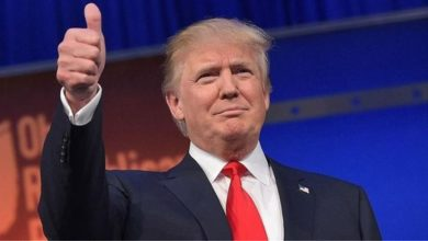 """Ο Ντόναλντ Τραμπ χαιρετίζει το τέλος του """"χαλιφάτου"""" του Ισλαμικού Κράτους"""