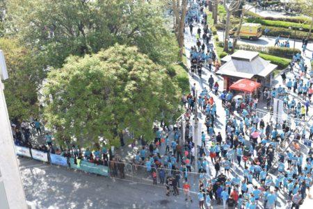 Ένα πελώριο ανθρώπινο «ποτάμι» οι Λαρισαίοι στο RunGreece – Τεράστια η συμμετοχή (φωτο)