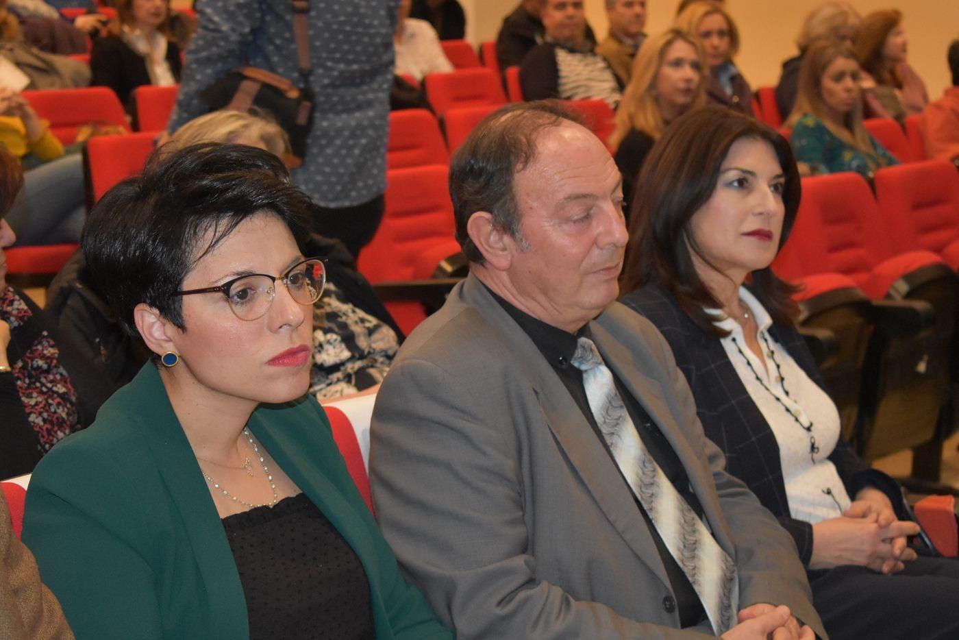 Γ. Πανούσης από Λάρισα: «Το Ελληνικό Σχολείο πάσχει από οτιδήποτε άλλο εκτός από bullying»
