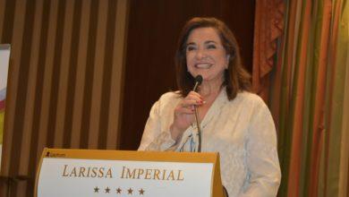 Ντόρα Μπακογιάννη από το βήμα του ΣΘΕΒ στη Λάρισα: Η Ελλάδα έχει ανάγκη από ένα «αναπτυξιακό σοκ»