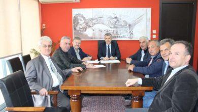 Ξεκινούν δυο νέα αντιπλημμυρικά έργα στο Δήμο Αγιάς - Προχώρα και ο καθαρισμός του λιμανιού στο Στόμιο