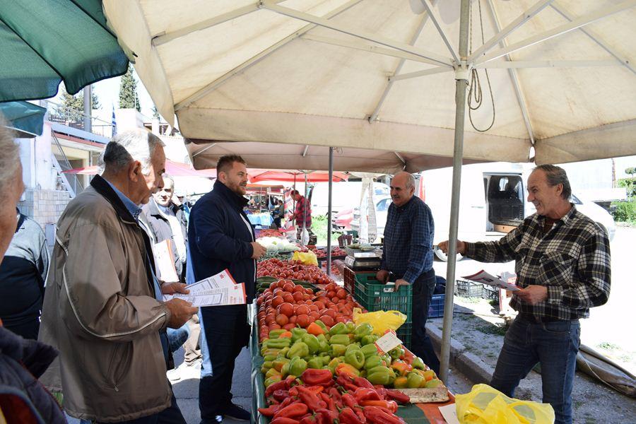Σε σχολεία και Λαϊκή Αγορά περιόδευσε ο υπ. δήμαρχος Λάρισας Π. Κρίκης