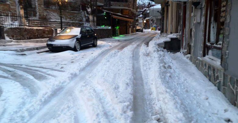 Μάρτης - γδάρτης: Με χιόνι ξύπνησαν την Τετάρτη περιοχές στο νομό Λάρισας - Δείτε βίντεο