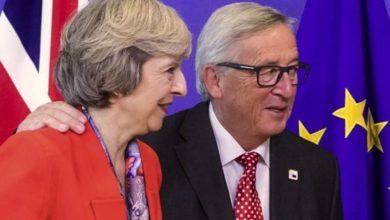 Ο Γιούνκερ προειδοποιεί τη Μέι: Πρέπει να κάνετε ευρωεκλογές αν θέλετε αναβολή του Brexit