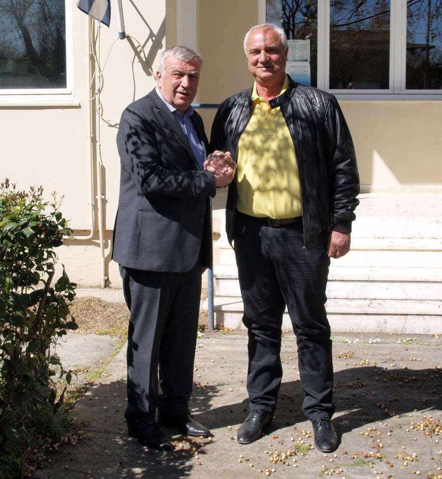 Με το Θανάση Νασιακόπουλο συστρατεύεται, με στόχο την αυτοδυναμία, ο τέως δήμαρχος Πλατυκάμπου Αλέκος Χονδρονάσιος