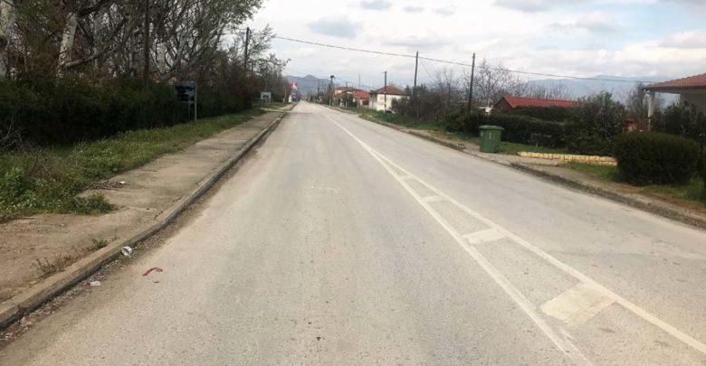 Ανατασκευάζονται τα πεζοδρόμια στην είσοδο του Πλατυκάμπου