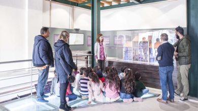 Μαθητές - πρόσφυγες στο Μουσείο Σιτηρών και Αλεύρων