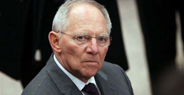 Σόιμπλε: Σκέφθηκα να παραιτηθώ επειδή δεν υπήρξε Grexit