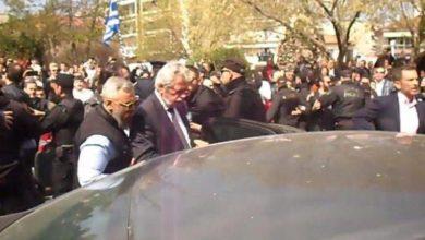 Άγρια αποδοκιμασία βουλευτή του ΣΥΡΙΖΑ στην Κατερίνη (βίντεο)