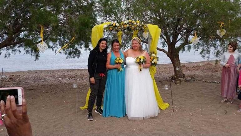 Κρήτη: Δύο γυναίκες ενώθηκαν με τα δεσμά του γάμου