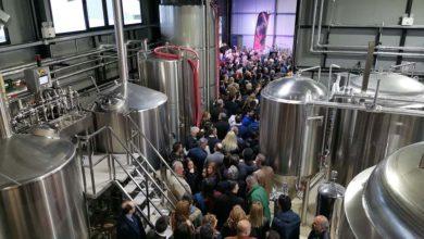 Η πρώτη Λαρισαϊκή μπύρα είναι εδώ – Εγκαινιάστηκαν οι εγκαταστάσεις της «Ζυθοποιίας Πηνειού»