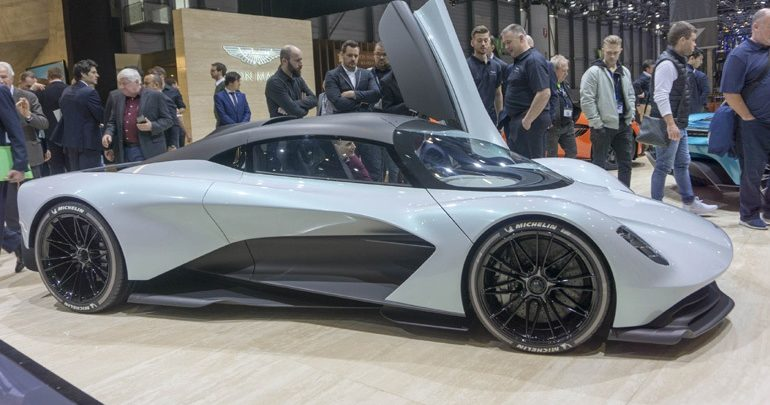 Στα 250.000 ευρώ είναι η προκαταβολή για την Aston Martin AM-RB 003