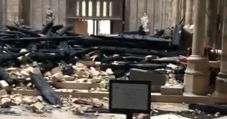 Τα πρώτα πλάνα από την καταστροφή στο εσωτερικό της Notre Dame