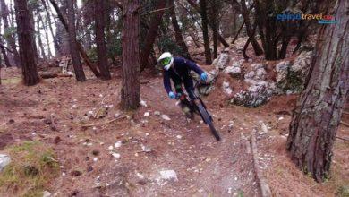 Εναέρια πλάνα από ορεινή ποδηλασία στο Ζάλογγο