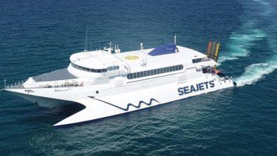 Μαζική αναχώρηση των εκδρομέων από τα λιμάνια της Αττικής