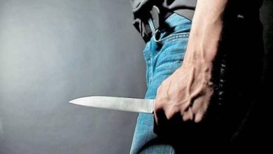 Άνδρας με μαχαίρι προκάλεσε αναστάτωση στην πλατεία Ευόσμου