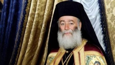 Πατριάρχης Αλεξανδρείας: Μέσα από το αίμα, τα καρφιά και τον Γολγοθά, η Ελλάδα μας ξέρει να ανασταίνεται