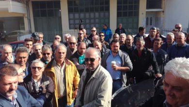 Κατεβαίνουν Μεγάλη Τρίτη στην Αθήνα ζητώντας πολιτική λύση οι Λαρισαίοι αμυγδαλοπαραγωγοί (φωτό)