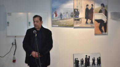 Με την έκθεση ζωγραφικής για τον Θόδωρο Αγγελόπουλο ξεκίνησε το Πανόραμα Κινηματογράφου στη Λάρισα (φωτο)