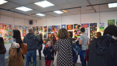 Παιδικές δημιουργίες γέμισαν με χρώμα το Χατζηγιάννειο Πνευματικό Κέντρο Λάρισας (φωτο)