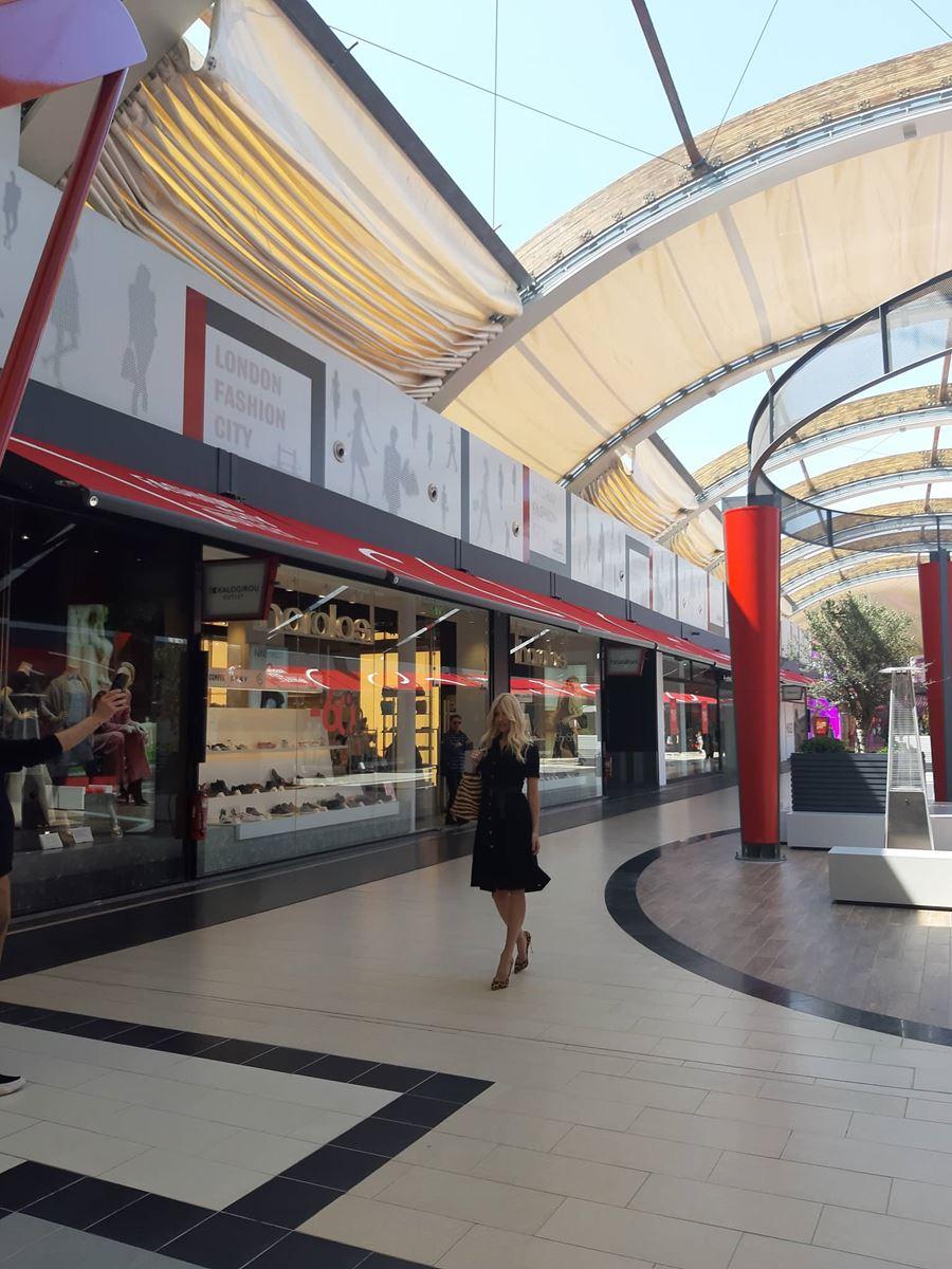 Στη Λάρισα η Φαίη Σκορδά – Έκανε special φωτογράφηση στο Fashion City Outlet (φωτο)
