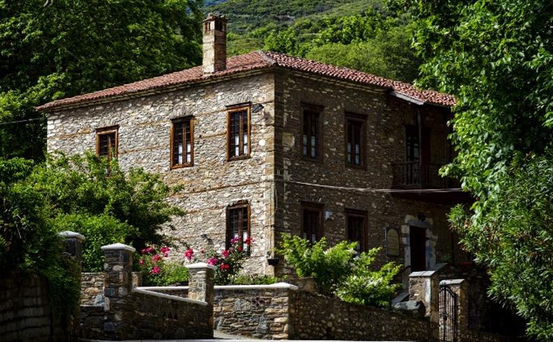 Λάρισα: Ανάμεσα στην Όσσα και το Μαυροβούνι (φωτο)