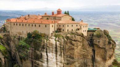 Από τα φώτα της δημοσιότητας σε μοναστήρι: Αυτές είναι οι επώνυμες Ελληνίδες που έγιναν μοναχές (φωτο)