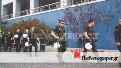 Βόλος: Διαμαρτυρία αντιεξουσιαστών υπέρ Κουφοντίνα στο Νοσοκομείο