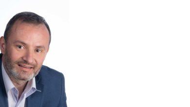 Άκης Νασιώκας: Οι Λαρισαίοι να μη μείνουν εγκλωβισμένοι σε ταμπέλες και χρίσματα
