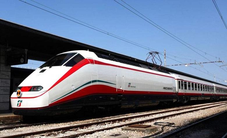 Πιο ακριβό κι από... αεροπλάνο το εισιτήριο του τρένου εξπρές που θα κάνει τη διαδρομή Αθήνα - Λάρισα - Θεσσαλονίκη