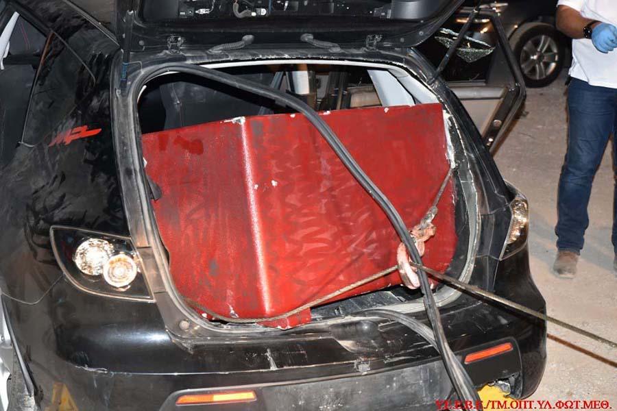 Απίστευτο: Το τροχαίο έξω από τη Λάρισα αποκάλυψε ένα... χρηματοκιβώτιο και μία σπείρα ληστών! (φωτό)
