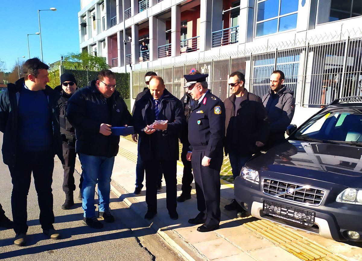 Δωρεά οχήματος για τις ανάγκες της Ο.Π.Κ.Ε.της Διεύθυνσης Αστυνομίας Λάρισαςαπό την εταιρεία «ΗΛΙΑΣ ΒΑΛΑΒΑΝΗΣ Α.Ε.»