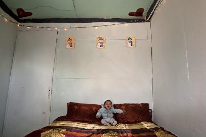 1455918 kataulismos roma lifo  8  - Χριστούγεννα σ' έναν καταυλισμό Ρομά στον Τύρναβο (φωτο)