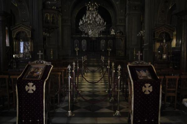 Επιστρέφουν από αύριο οι πιστοί στις εκκλησίες - Τι μέτρα θα εφαρμοστούν