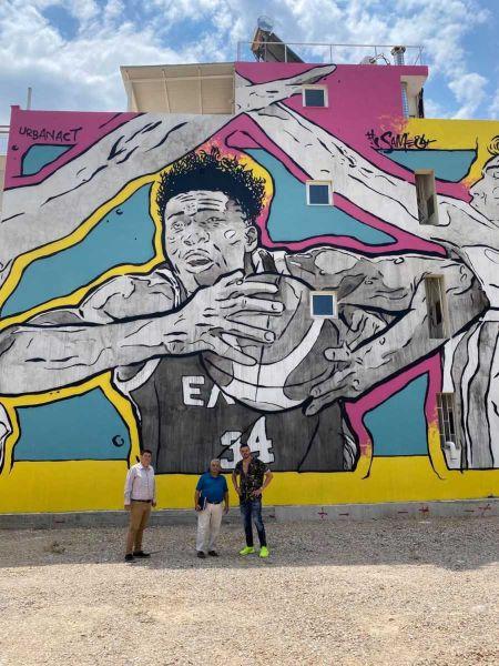 Πώς τα γκράφιτι μεταμορφώνουν τον δήμο της Αγίας Βαρβάρας
